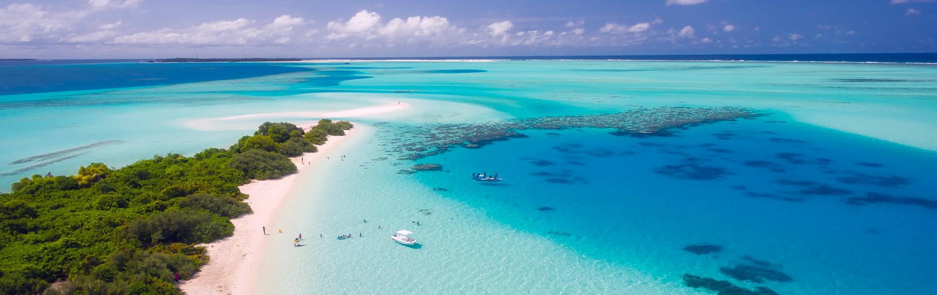 Boote holen Gäste von kleiner Malediveninsel, CC0 Creative Commons
