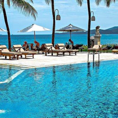 Pool und Meer, Seychellen im Hintergrund, CC0 Creative Commons