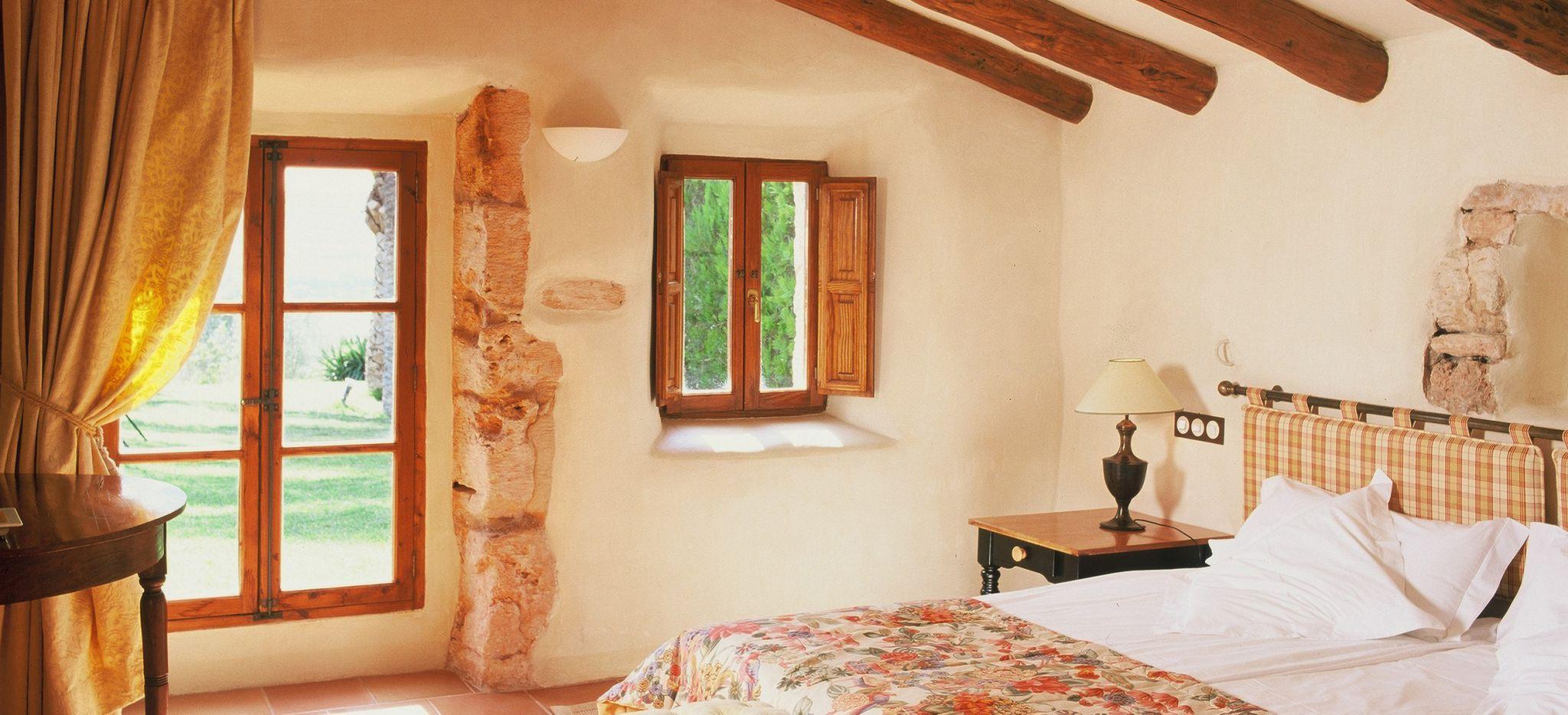 Ein Schlafzimmer in einer mallorquinischen Finca