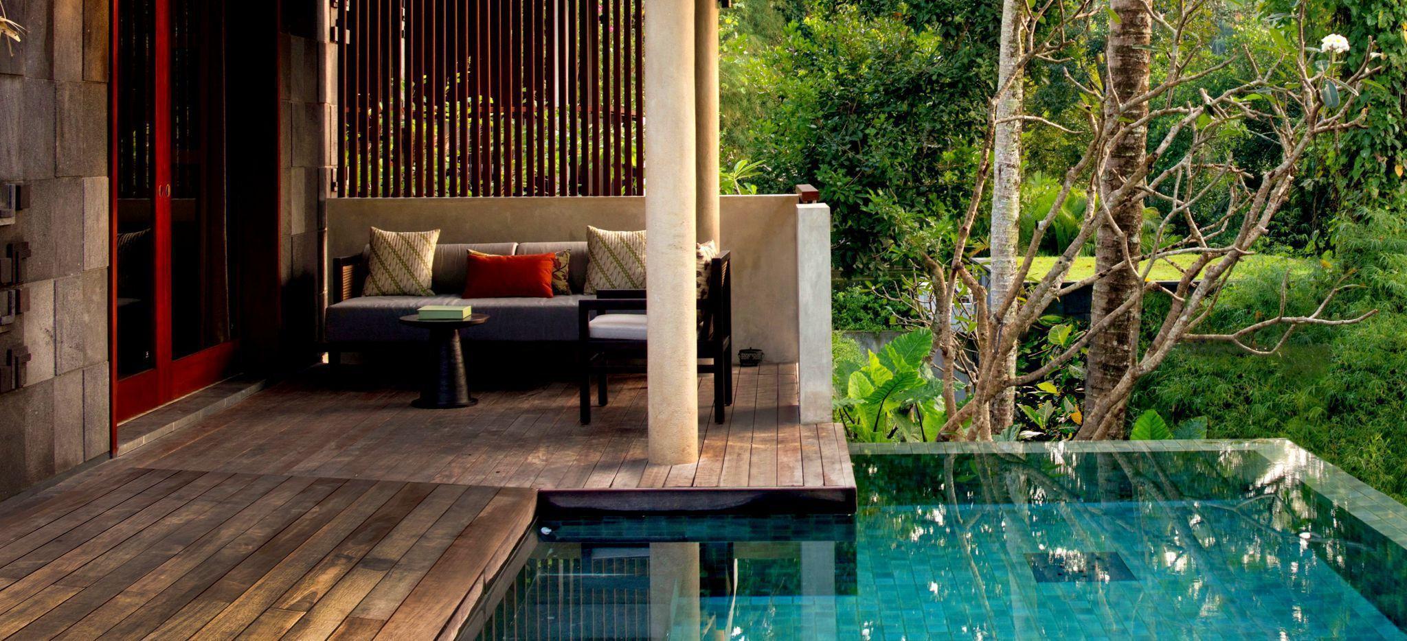 Terrasse und privater Pool eine Villa im Hotel Alila Ubud