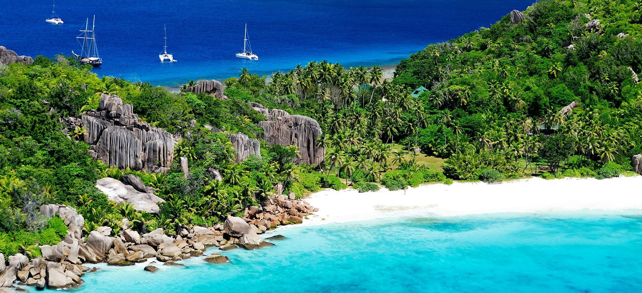 Die Insel Grande Soeur auf den Seychellen, Luftaufnahme