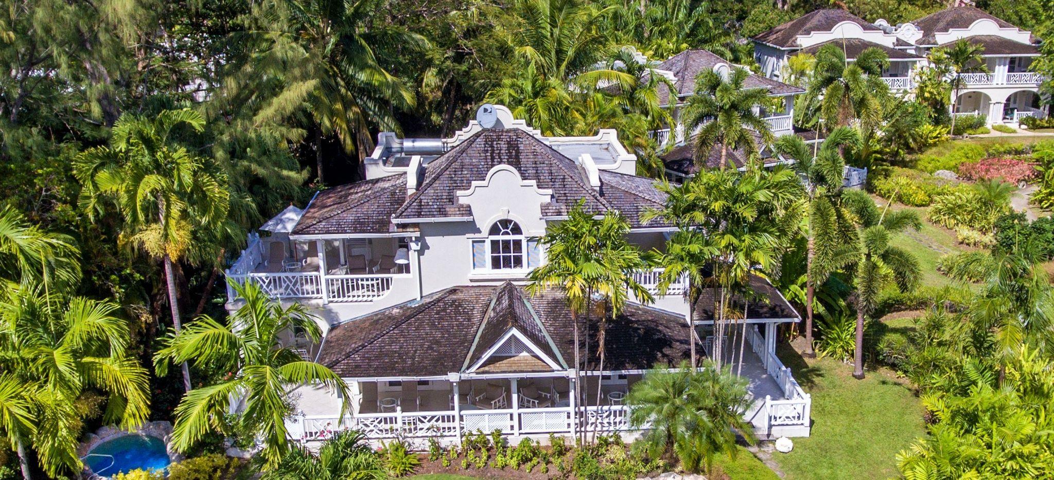 """Luftaufnahme einer Villa im Hotel """"Coral Reef Club Barbados"""""""