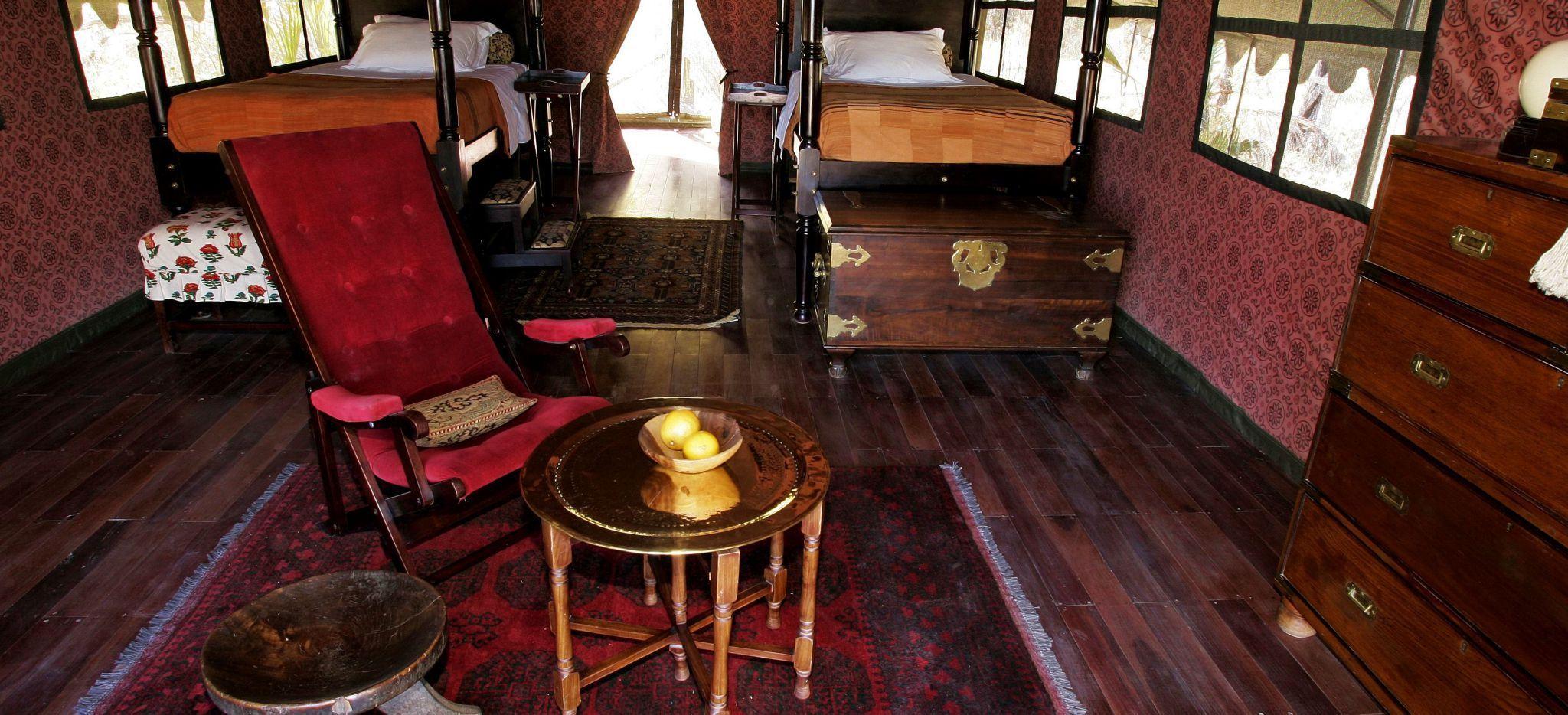 """Das Luuxuszelt """"Jack's Tent"""" in Jack's Camp in Botswana. Voll eingerichtetes Wohnzimmer"""