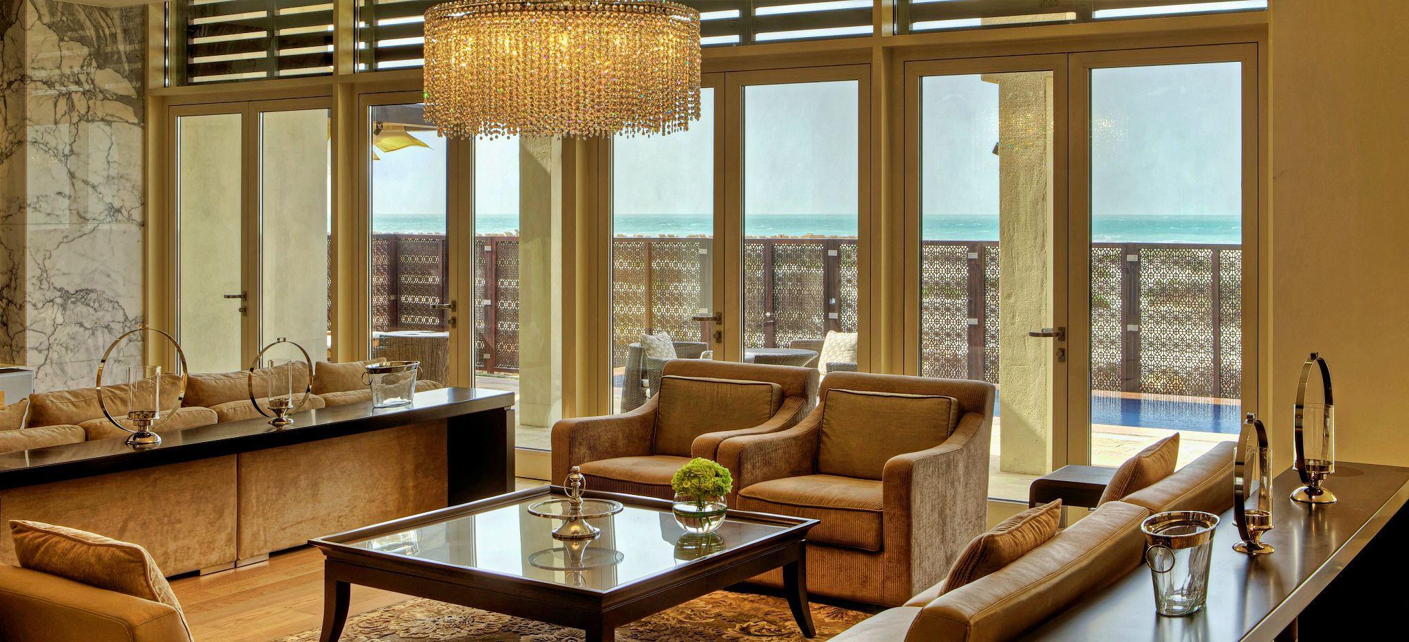 Wohnzimmer der Royal Villa im Hotel Park Hyatt Abu Dhabi