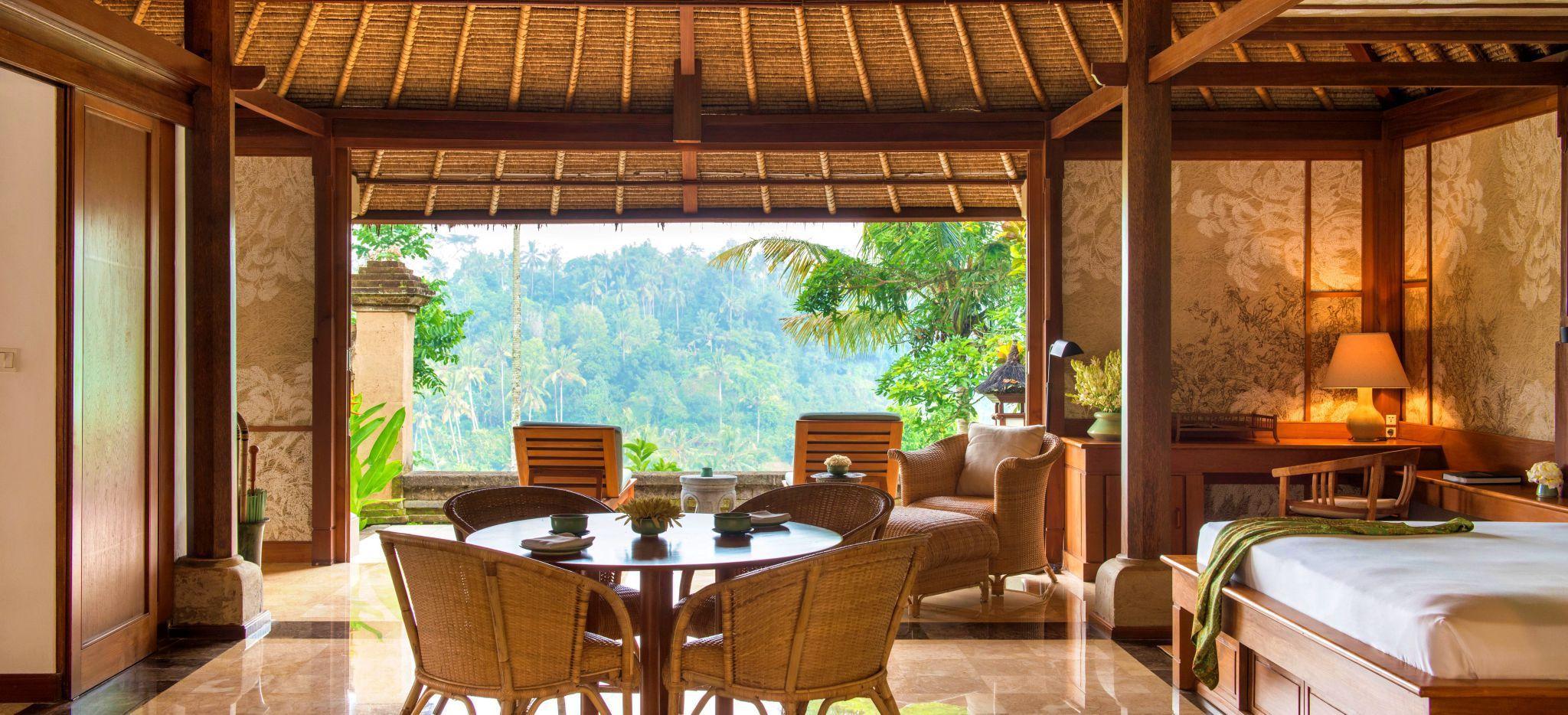 Wohnzimmer einer Villa im Hotel Amandari