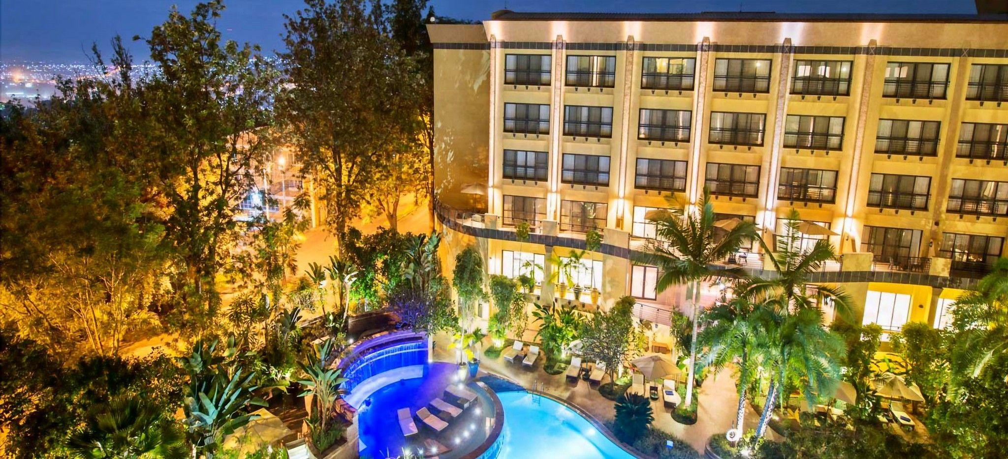 Außenaufnahme des Hotel Kigali Serena