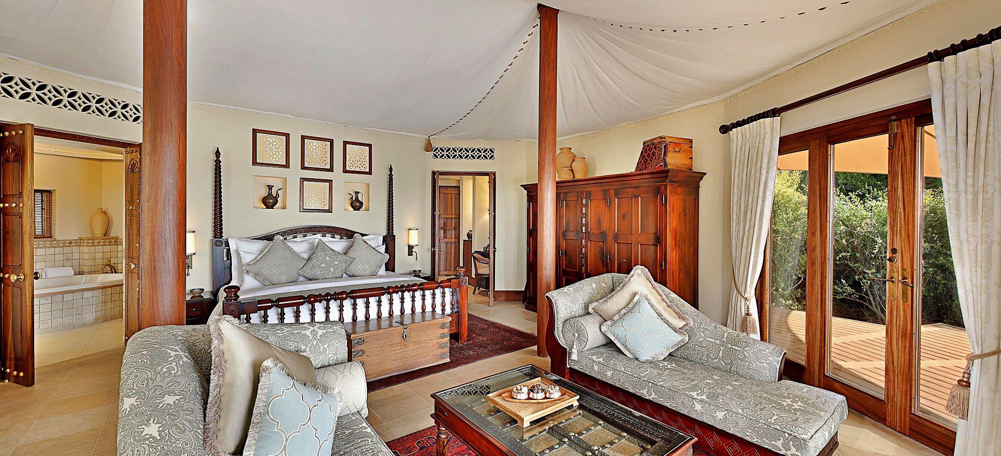 Wohnzimmer im Zelt Beduin Suite im Hotel Al Maha, Dubai