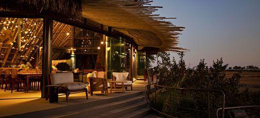 Die Terrasse des Hauptgebäudes des Jao Camp, Botsuana