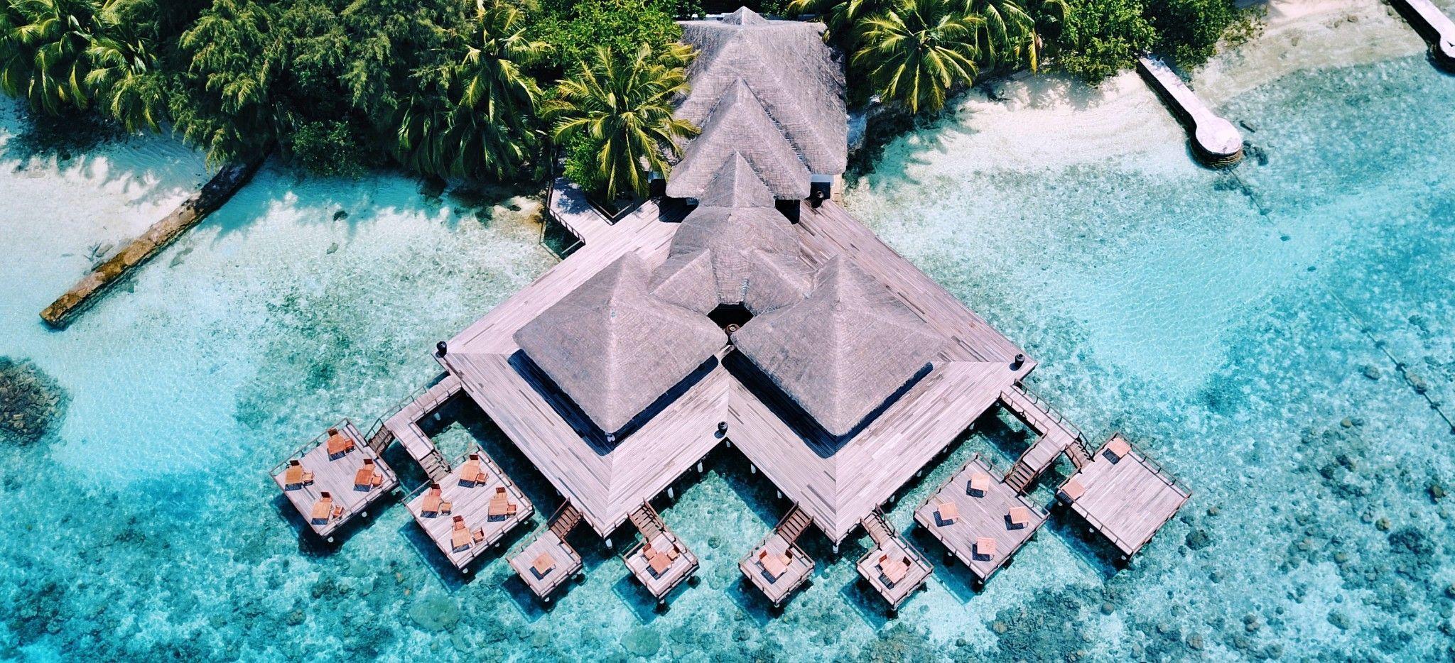 Eine riesige Wasservilla im Hotel Coco Bodhu Hithi, Malediven