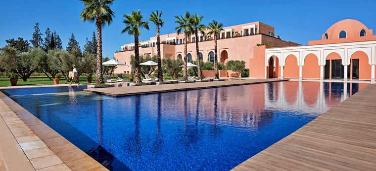 Der Hauptpool im Hotel Oberoi Marrakech, Marokko
