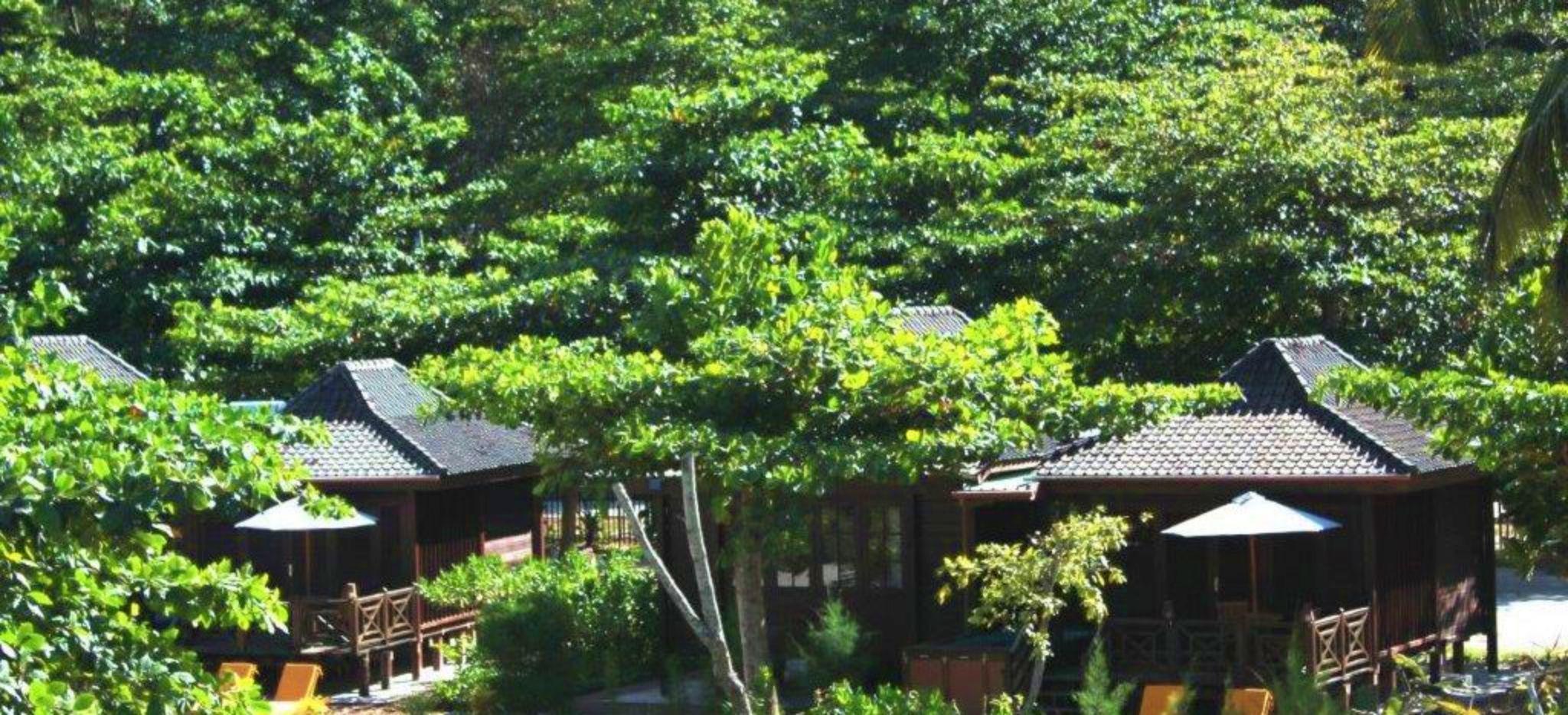 Zwei One Bedroom Villas im Dschungel