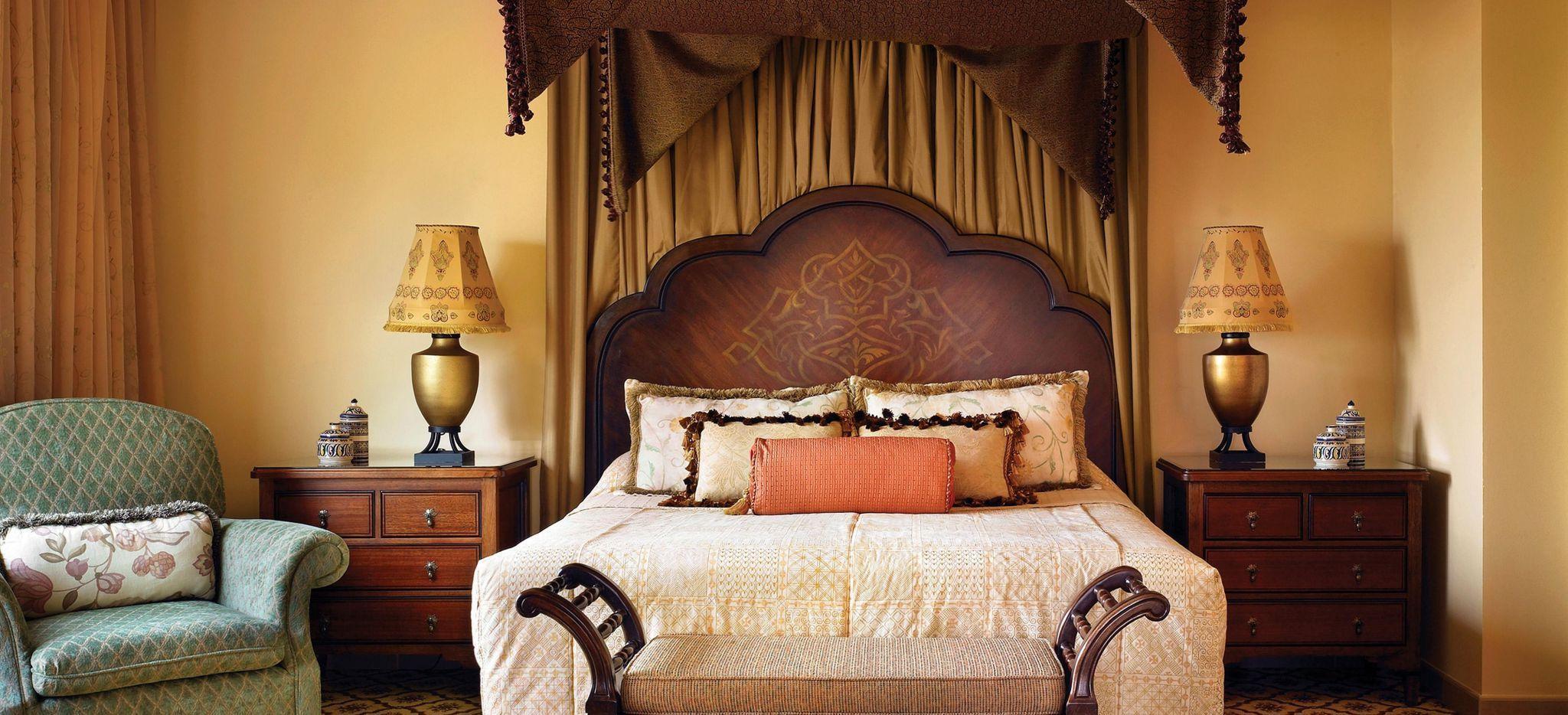 """Hotelzimmer im arabischen Stil im Hotel """"One&Only Royal Mirage"""""""