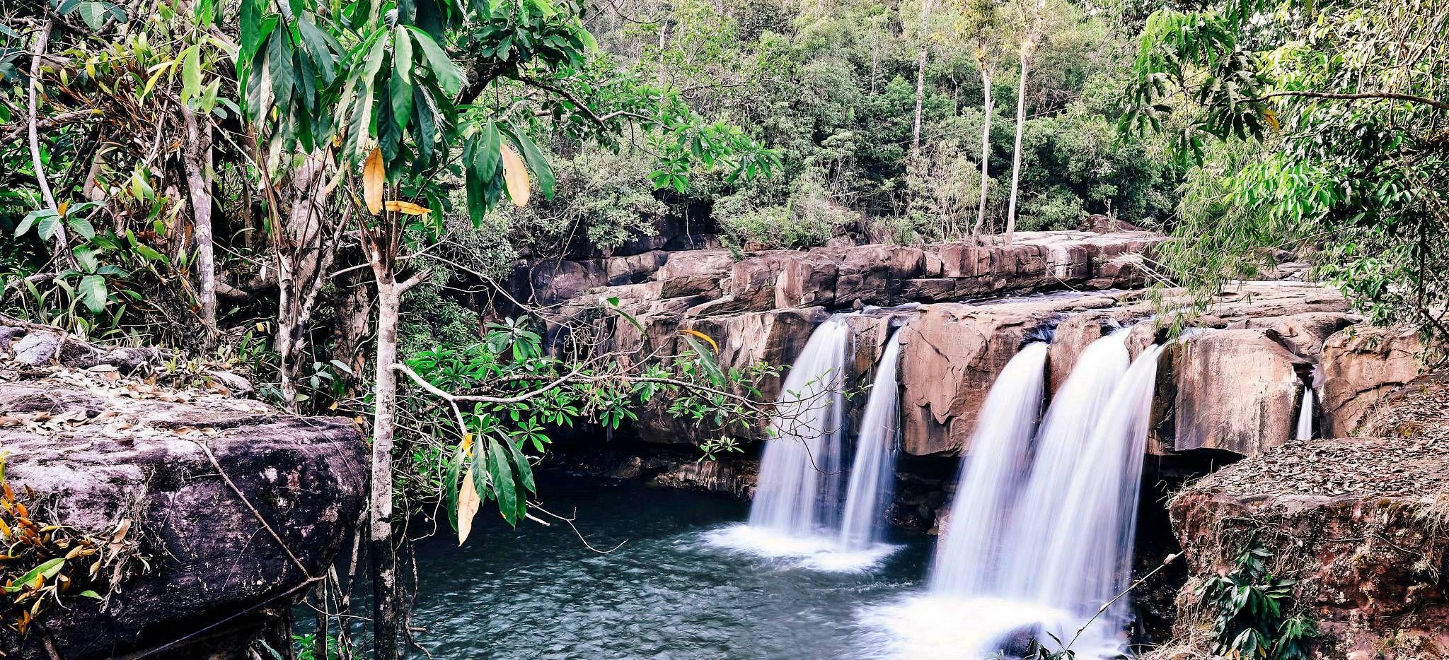 Wasserfall im Dschungel Kambodschas, nahe dem Hotel Shita Mani Wild